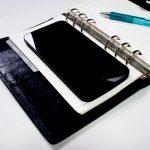 システム手帳とスマートフォン